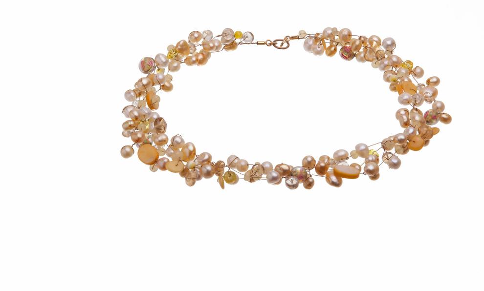 Flying Pearls